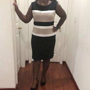 Sandra Darren Dresses - 💕 Sandra Darren Colorblock Dress Size 16